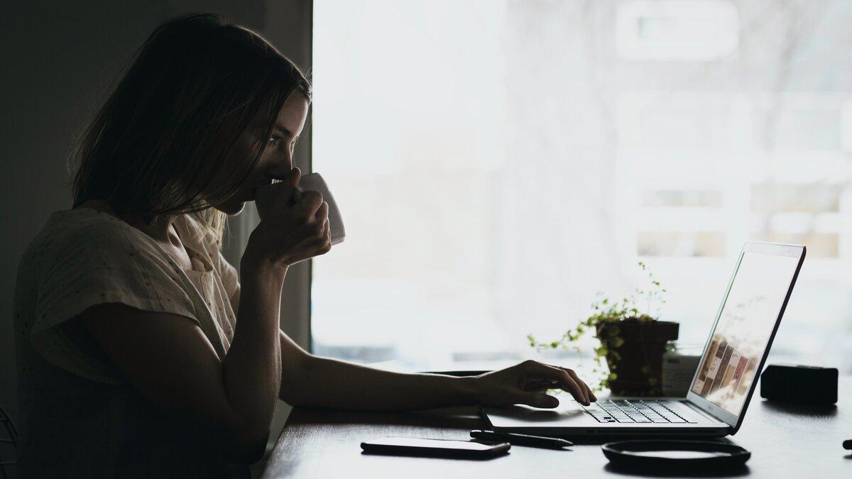 How I make $8000 blogging per month at home